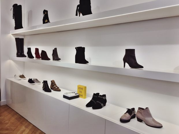 This is Haarlem top 5 best shoes stores: Foof Shoes